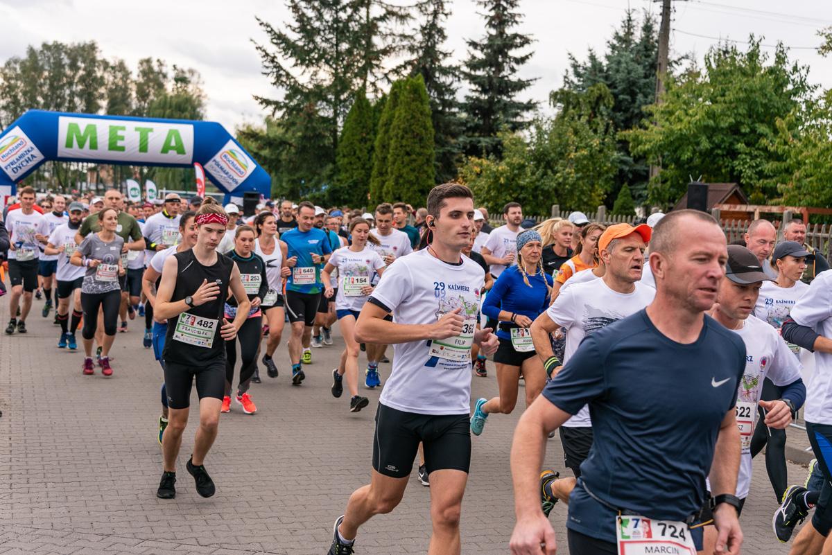 7 Hochland Półmaraton Doliną Samy I Pyrlandzka Dycha, Kaźmierz 2019-09-29. fot. Tomasz Koryl / www.relacje-fotograficzne.com